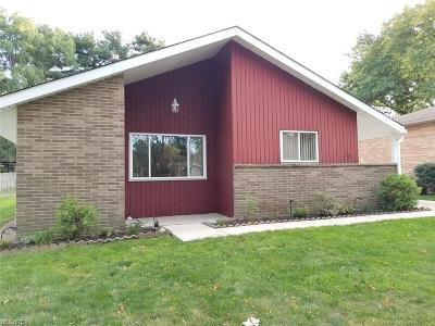 North Olmsted Single Family Home For Sale: 23747 Vincent Dr