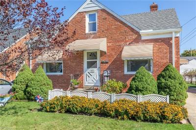 Wickliffe Single Family Home For Sale: 1525 Silver St