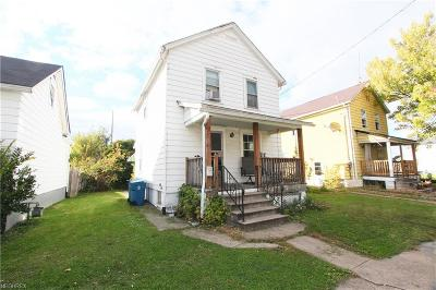 Lorain Single Family Home For Sale: 3152 Camden Ave