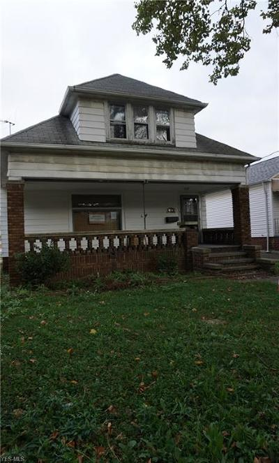 Cleveland Single Family Home For Sale: 8301 Vineyard Ave