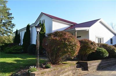 Ashtabula County Single Family Home For Sale: 2470 Chapel Rd