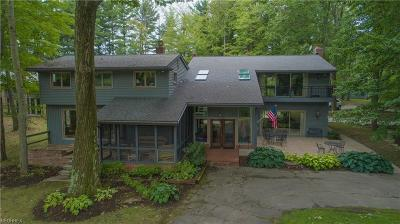 Geauga County Single Family Home For Sale: 16165 Thompson Rd