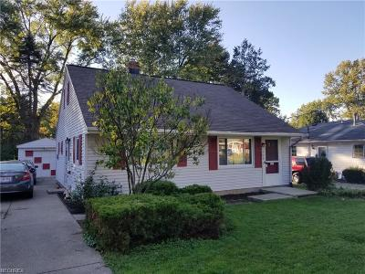 North Olmsted Single Family Home For Sale: 5704 Wellesley Ave