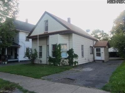 Cleveland Single Family Home For Sale: 6825 Fullerton Ave