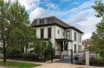 Cleveland Single Family Home For Sale: 4211 Franklin Blvd