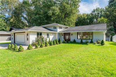 North Olmsted Single Family Home For Sale: 27971 Forestwood