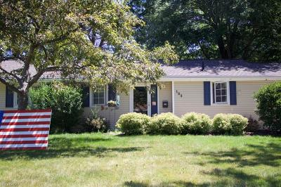 Avon Lake Single Family Home For Sale: 183 Crestwood Dr