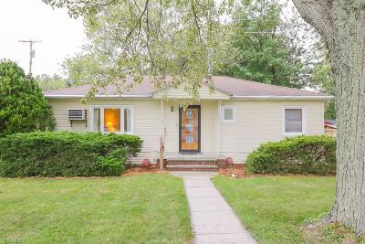 Lorain County Single Family Home For Sale: 786 Sunset Ave