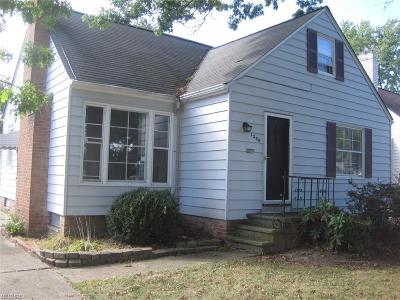Mayfield Heights Single Family Home For Sale: 1300 Worton Blvd