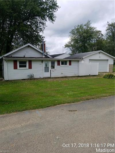 Madison Single Family Home For Sale: 1434 Mohawk Dr