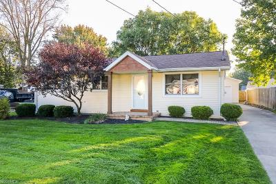 North Ridgeville Single Family Home For Sale: 5645 Wallace Blvd