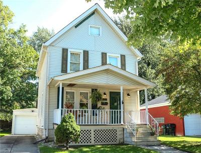 Elyria Single Family Home For Sale: 275 Harwood St