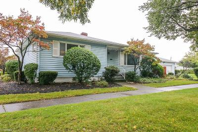 Parma Heights Single Family Home For Sale: 6297 Denison