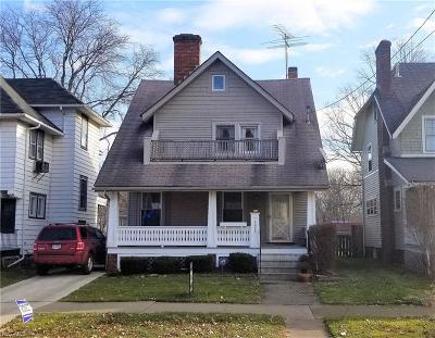 Elyria Single Family Home For Sale: 1026 Middle Ave