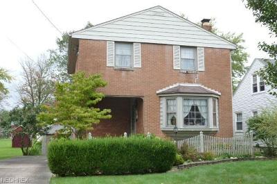 Hubbard Single Family Home For Sale: 155 Bentley St