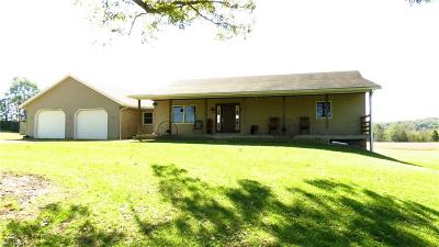 Dresden OH Single Family Home For Sale: $174,900
