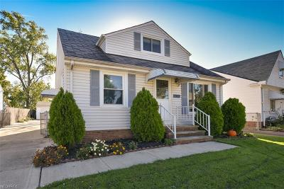 Parma Single Family Home For Sale: 7901 Fernhill Ave