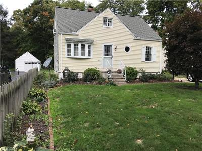 Lake County Single Family Home For Sale: 18 Everett Rd