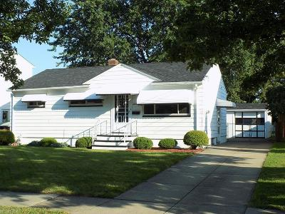 Brook Park Single Family Home For Sale: 16399 Shelby Dr