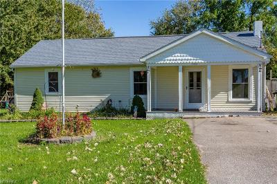 Lorain Single Family Home For Sale: 5431 Rolling Ave