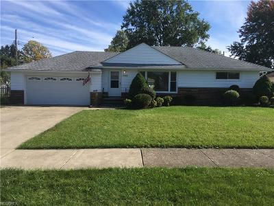 Parma Single Family Home For Sale: 7555 Zona Ln