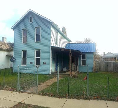 Muskingum County Single Family Home For Sale: 1034 Woodlawn Ave