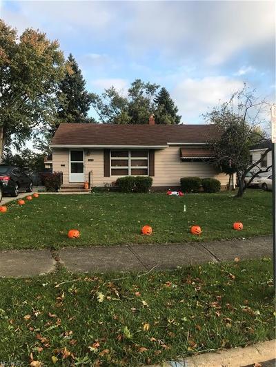 Parma Single Family Home For Sale: 3410 Alden Dr