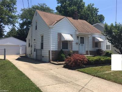 Wickliffe Single Family Home For Sale: 1729 Douglas Rd