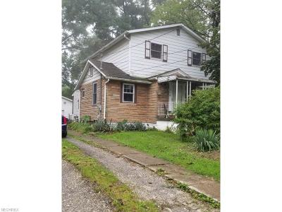 Lorain Single Family Home For Sale: 240 East 46th St