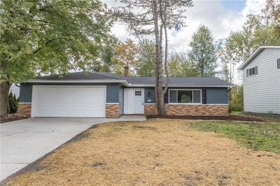 North Olmsted Single Family Home For Sale: 29439 Sutton Dr