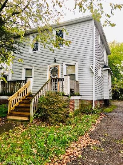 Cleveland Single Family Home For Sale: 3610 East 144th St