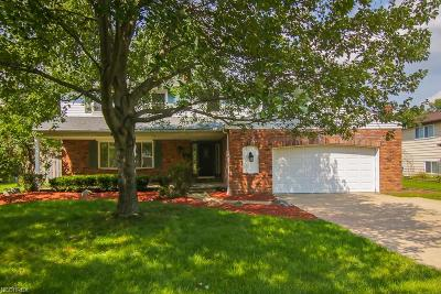 North Olmsted Single Family Home For Sale: 28020 Angela Dr