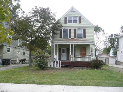 Elyria Single Family Home For Sale: 210 Harvard Ave