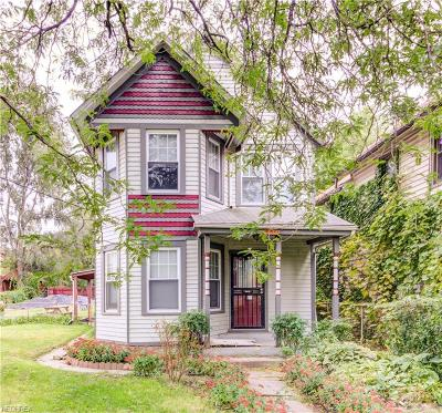 Cleveland Single Family Home For Sale: 4009 Clinton Ave