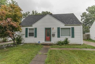Euclid Single Family Home For Sale: 711 East 258th St