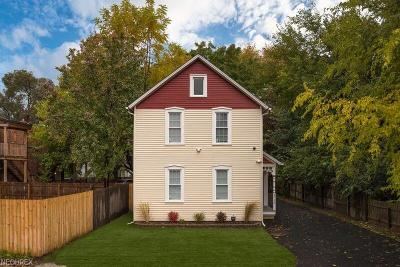Cleveland Single Family Home For Sale: 5716 Side Ave