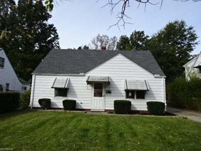 Euclid Single Family Home For Sale: 23195 Gay St