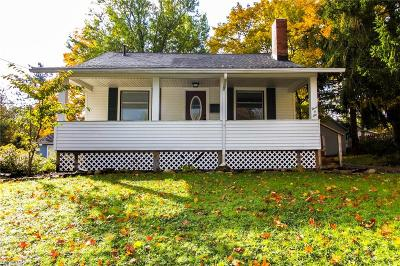 Geauga County Single Family Home For Sale: 306 North Hambden St