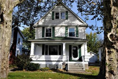 Lorain Single Family Home For Sale: 1328 West 7th St