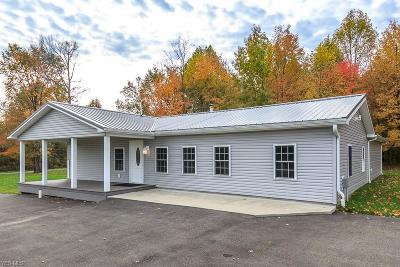 Ashtabula County Single Family Home For Sale: 5837 Woodard Rd