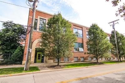 Cleveland Condo/Townhouse For Sale: 8205 Franklin Blvd #7
