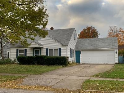 Euclid Single Family Home For Sale: 23203 Gay St