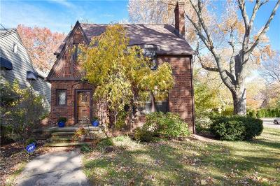 Bay Village, Rocky River Single Family Home For Sale: 26804 Russell Rd