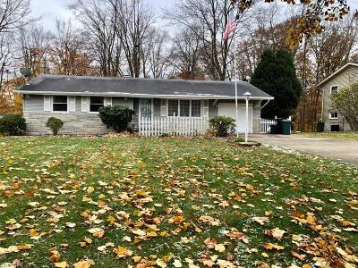 Canfield Single Family Home For Sale: 4707 Warwick Dr South