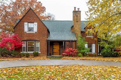 Lorain County Single Family Home For Sale: 1052 Gulf Rd