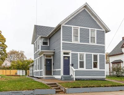 Single Family Home For Sale: 2108 West 41 St
