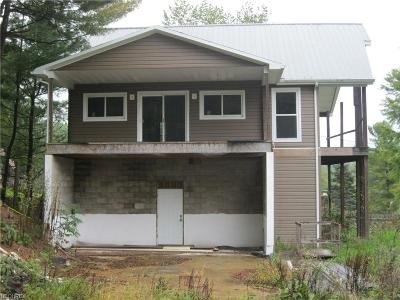 Guernsey County Single Family Home For Sale: 57107 Russell Rd