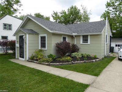 Mayfield Heights Single Family Home For Sale: 1307 Iroquois Ave