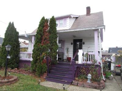 Cleveland Single Family Home For Sale: 12315 Lenacrave Ave