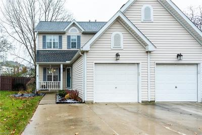 Olmsted Falls Single Family Home For Sale: 23155 Wainwright Ter